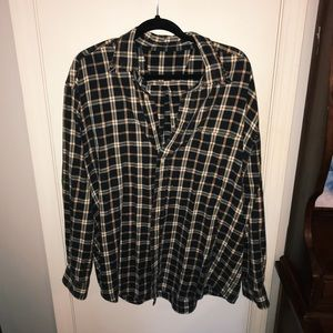Women's one sized but oversized flannel